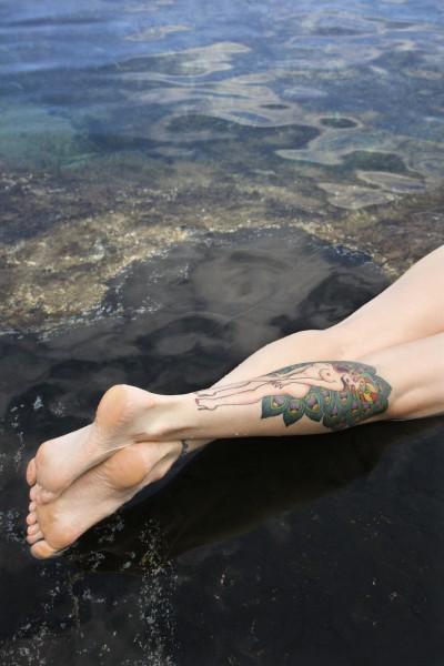 taetowierten beine