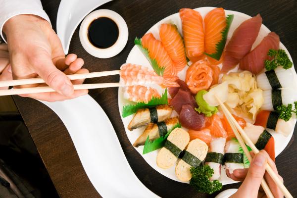 sushi essen abendessen staebchen esss