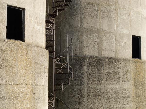 2 silotuerme wendeltreppe