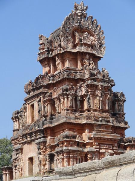 krishna temple at hemakuta hill