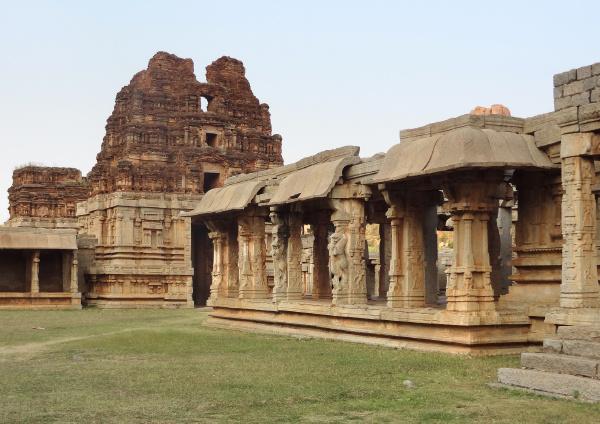 achyutaraya temple at vijayanagara