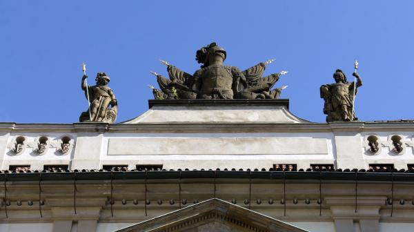 kirche stadt kunst stein kuppel tourismus