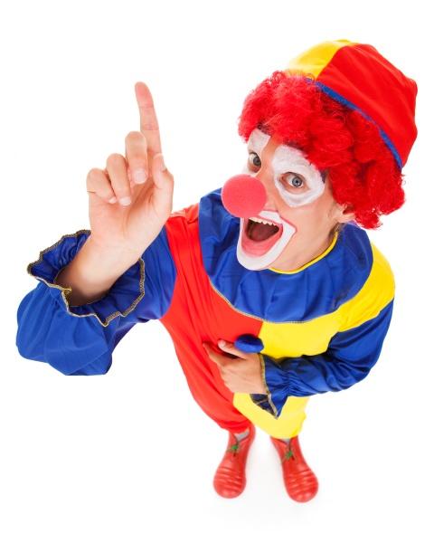 joker mit angehobenem finger