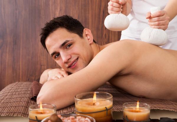 man empfangen massage mit briefmarken in