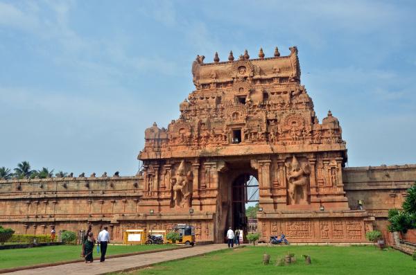 tempel indien eingang baustil architektur baukunst