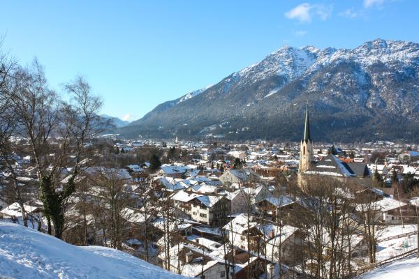 garmisch partenkirchen partenkirchener ortsansicht im winter