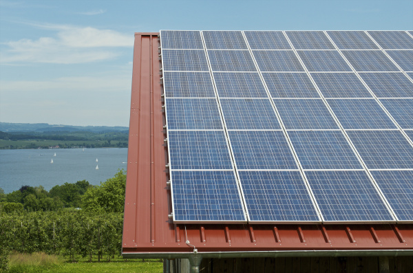 deutschland konstanz bodensee solarpanel auf dem