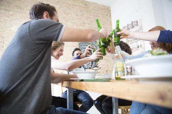 frau froschperspektive restaurant menschen leute personen