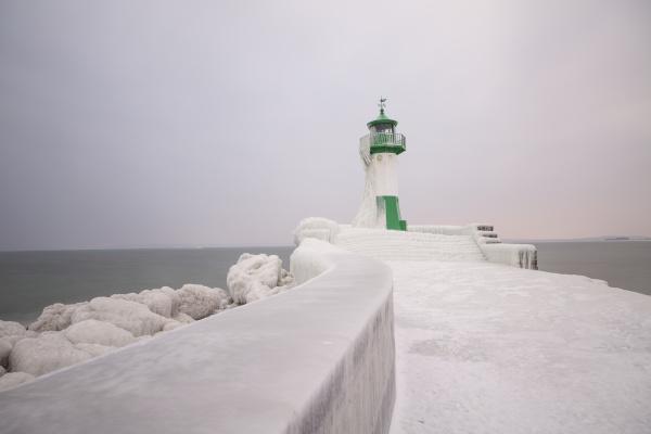 turm fahrt reisen winter verkehr verkehrswesen