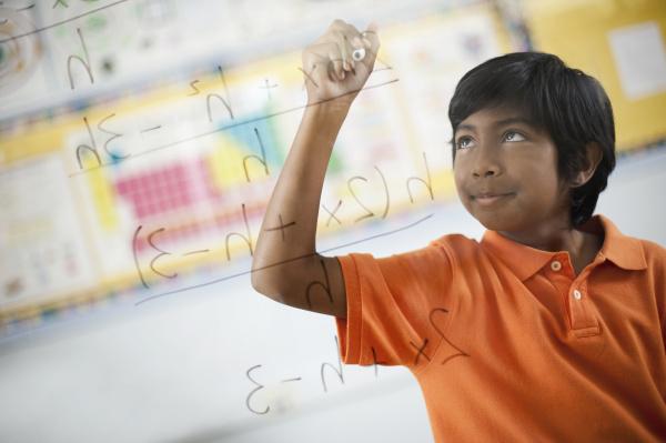 ein student schriftformel und gleichungen auf