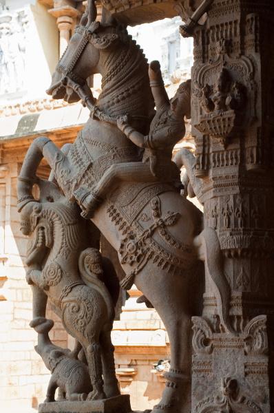 fahrt reisen stein pferd ross statue