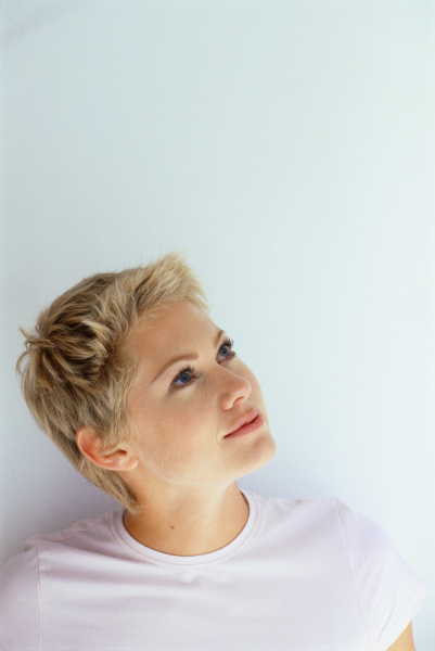 frau feminin weiblich gesicht portrait portraet