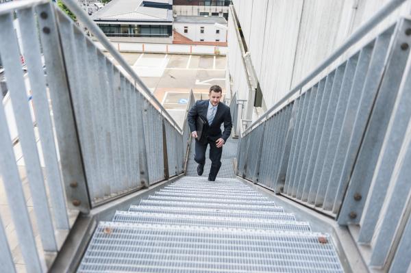treppe treppen menschen leute personen mensch