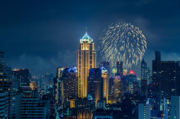 bangkok silvester skyline bei nacht panorama