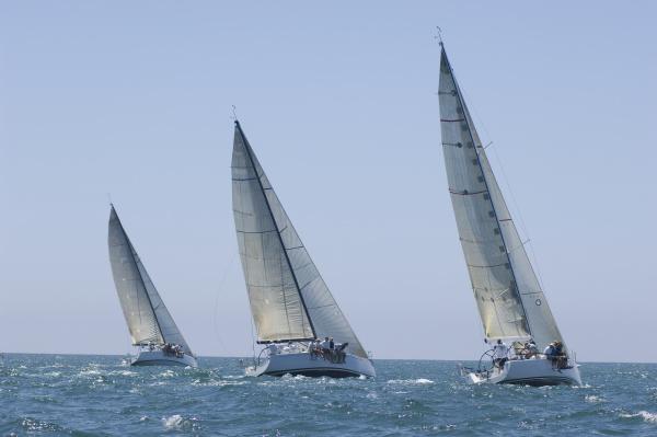 yachten im team sailing event