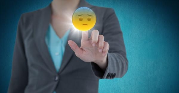 mittlerer abschnitt der geschaeftsfrau der emojis