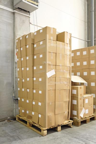 industrie transport logistik transportieren gueter depot