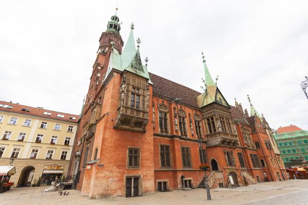 gotisches breslaurathaus auf marktplatz breslau polen