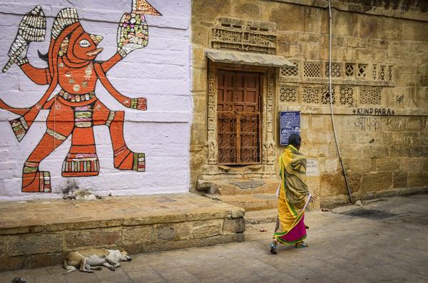 zeichnung der hinduistischen gottheit an einer
