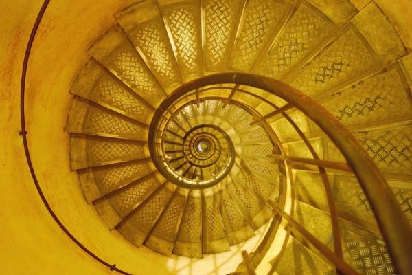 treppe treppen bauten innen schiene horizontal