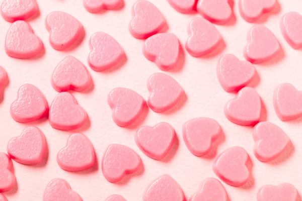 rosa schokoladenbonbons