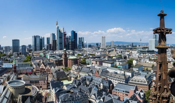 deutschland hessen frankfurt skyline finanzviertel altstadt