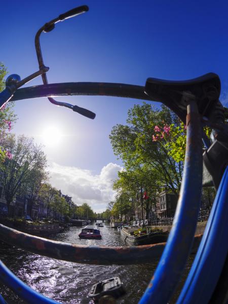 niederlande amsterdam fahrrad in prinsengracht