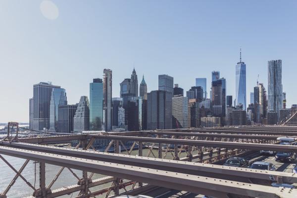 brooklyn bridge und skyline new york