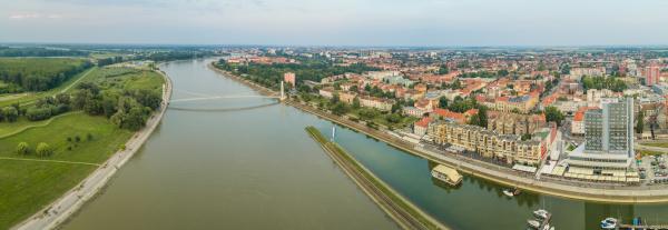 panoramablick auf osijek und die drau