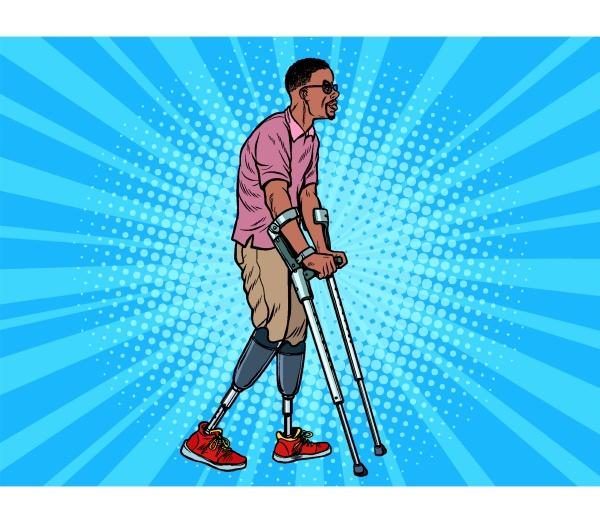 beinloser afrikanischer veteran mit einer bionischen