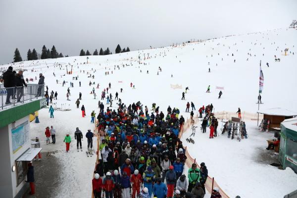 schneeinsel und wintersportort feldberg