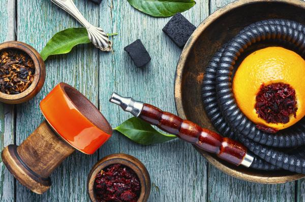 orientalische hookah mit orangen geschmack