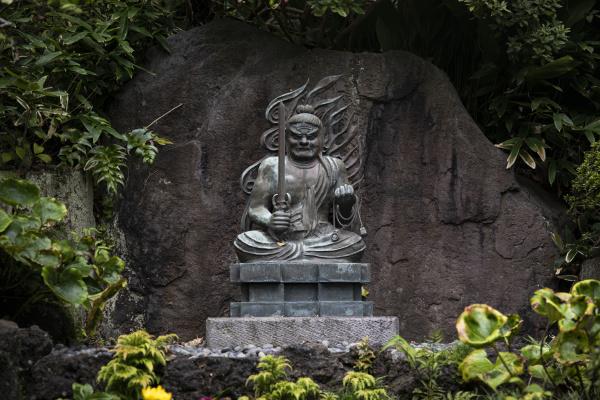 dekorative statue im hase dera tempel