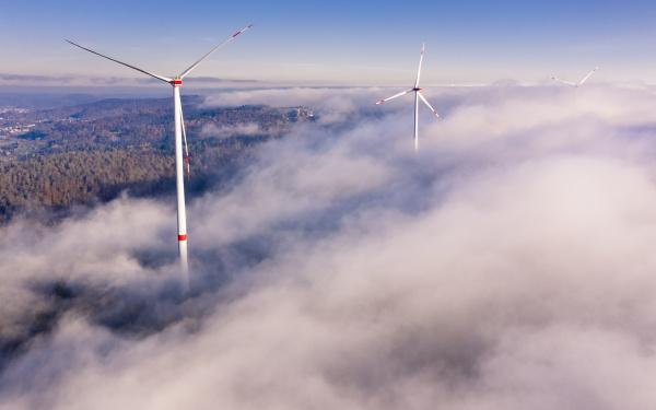 deutschland baden wuerttemberg goldboden windpark im