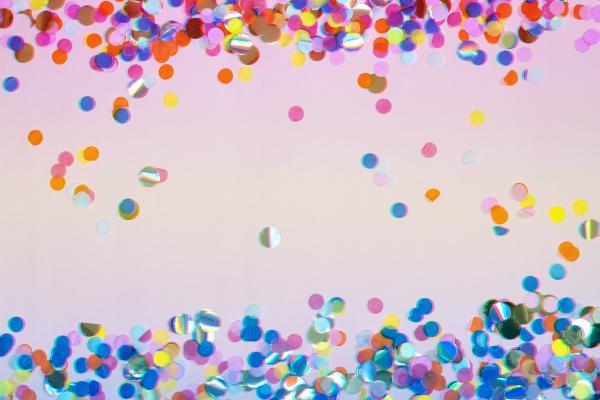 farbenfroher feier konfetti hintergrund