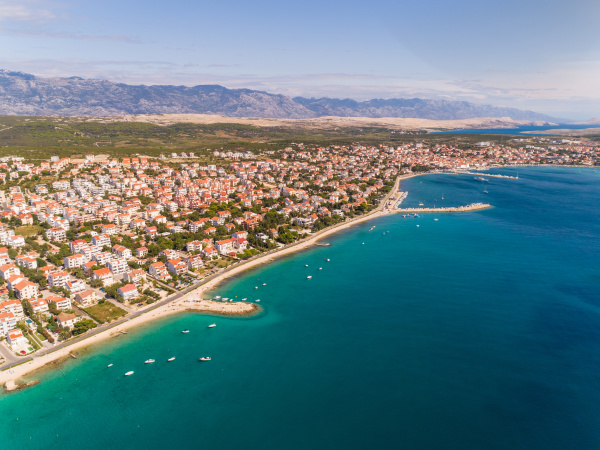 luftaufnahme von novalja kroatien