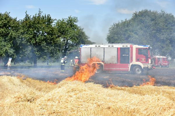 feldbrand in oberoesterreich OEsterreich feldbrand