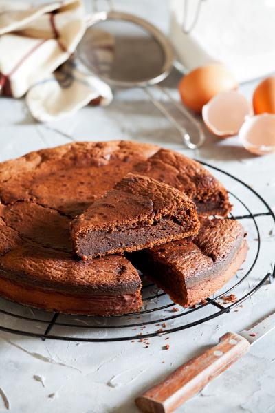 süße, hausgemachte, schokolade, kuchen - 28215307
