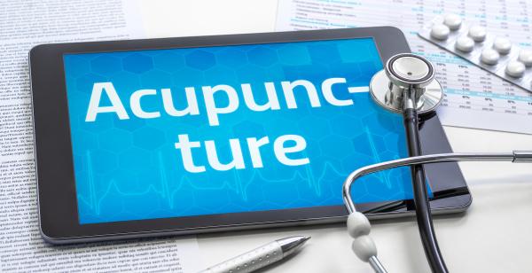 das wort akupunktur auf dem display