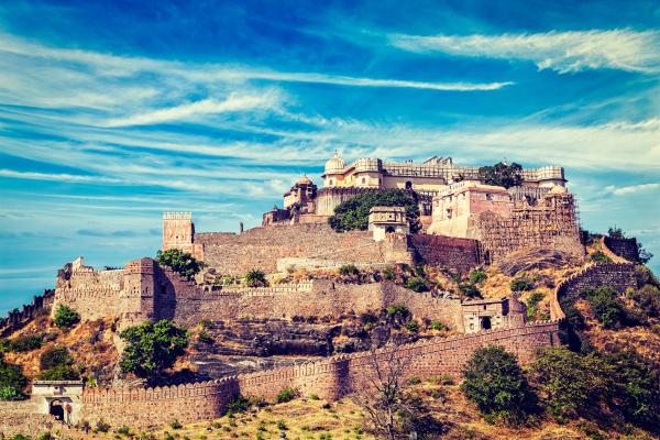 kumbhalgarh, fort, indien - 28468011