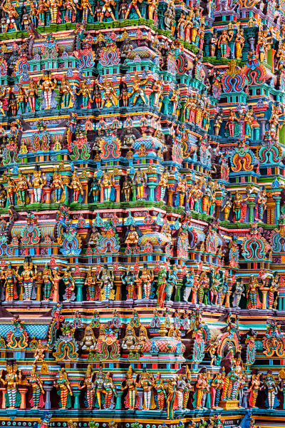 hindu, temple, gopura, tower, with, statues - 28470538