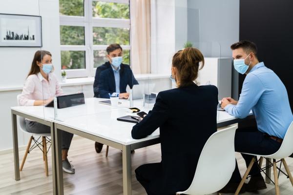 face mask office social distancing treffen