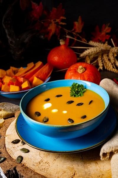 leckere cremige kuerbissuppe mit kokosmilch