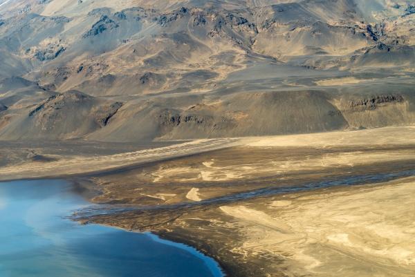 islaendische landschaft luftaufnahmen aus touristischen flugzeug