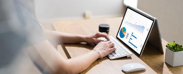 business data analyst mit analytics technologie