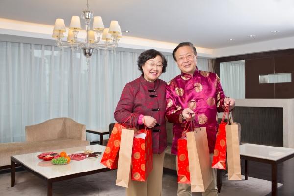 oriental smile festliche partner frau leuchtet