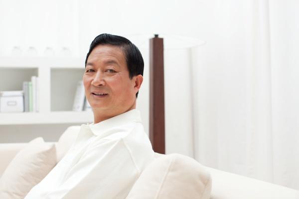 asien erwachsene AEltere maenner 60
