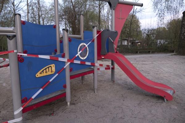 geschlossener kinderspielplatz
