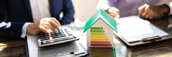 energieeffizientes hausaudit mit rechner