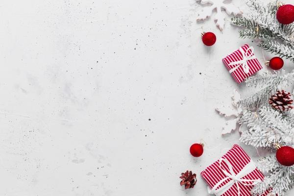 weihnachts und neujahrswohnung mit zwei rot